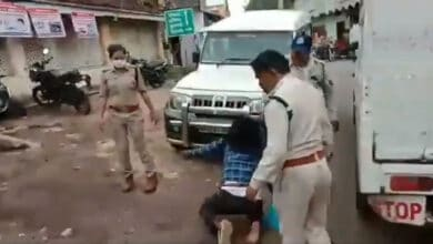 cop drag sikh by hair
