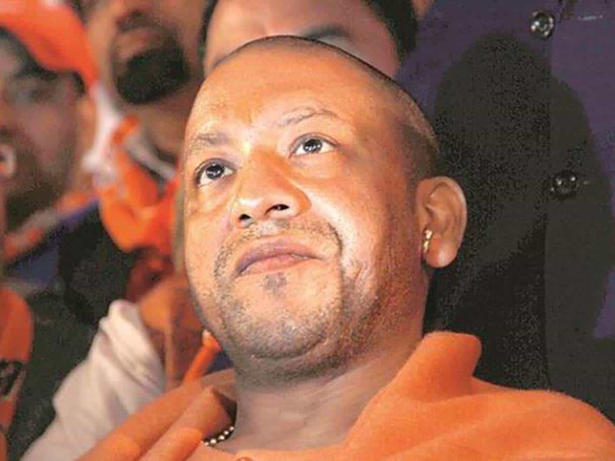 Won't attend mosque inauguration, says Adityanath; SP asks him to apologise