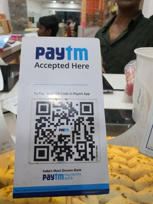 Paytm dares Google, brings back Cricket League with UPI cashback