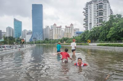 3 missing, 20 injured in Jakarta floods