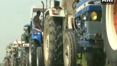 Photo of Ludhiana farmers, Congress workers carry out 'tractor protest'