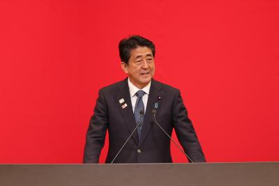 Abe explains decision to step down in talks with UN chief