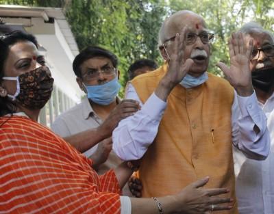 Advani hails Babri verdict, says it vindicates him & BJP