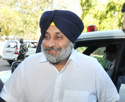 Akali Dal chief Badal opposes farm ordinances in LS