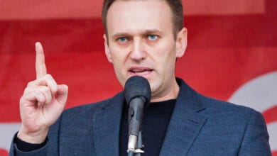 Photo of Navalny accuses Putin of being behind his poisoning