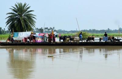Assam flood situation slightly improves, 2.79 lakh still hit