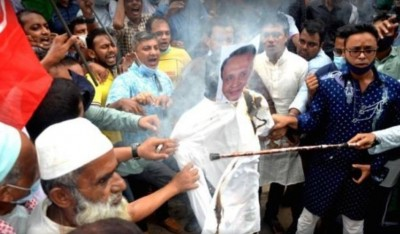 B'desh freedom fighters give ultimatum to take action against MP