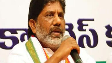 Photo of Will not let TRS govt acquire land for Pharma City: Congress