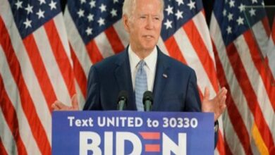 Photo of Biden campaigning after negative virus test