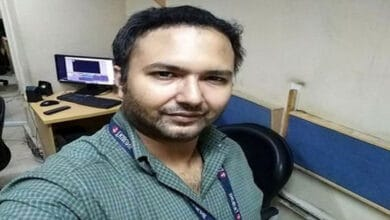 Photo of Pakistan: Journalist Bilal Farooqi arrested for exposing Army