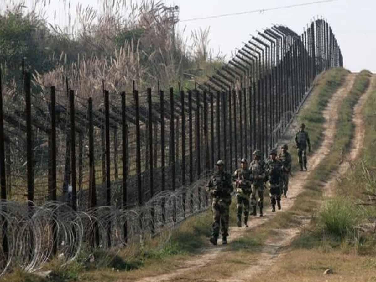 Pakistan violates ceasefire in J-K's Rajouri