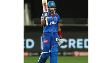 Photo of Shaw shines as disciplined DC inflict 44-run defeat on CSK
