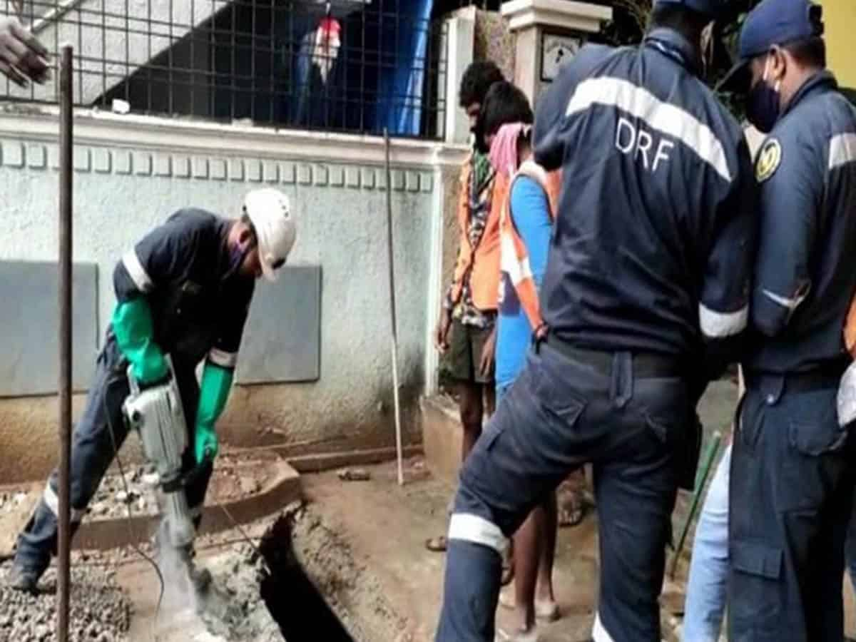 Body of missing girl found in open drain in Hyderabad