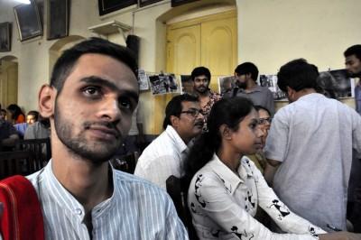 https://cdn.siasat.com/wp-content/uploads/2020/09/Delhi-Police-arrests-Umar-Khalid-connection-with-NE-Delhi-riots.jpg