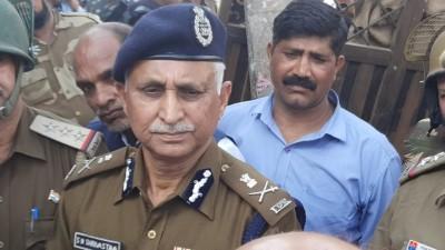 Delhi Police chief replies to Ribeiro, backs riots probe