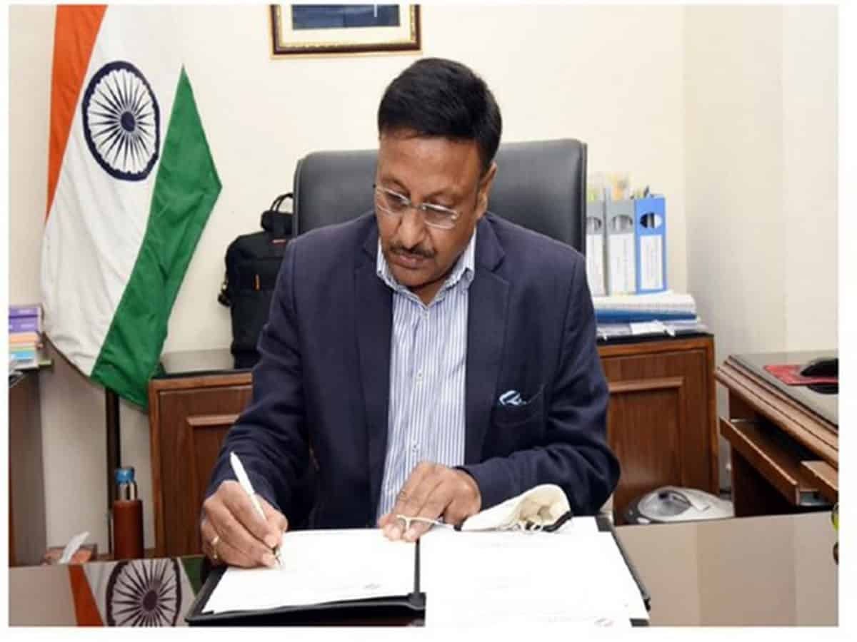 Rajeev Kumar assumes charge as Election Commissioner