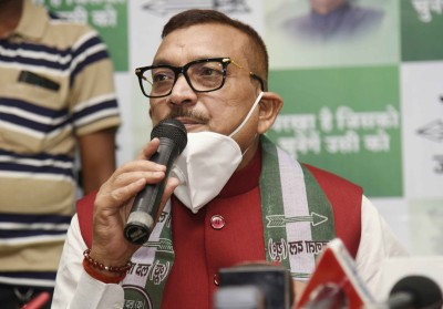 Ex-Bihar police chief Gupteshwar Pandey joins JD-U
