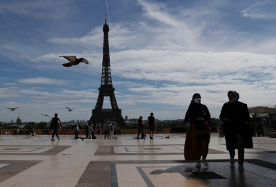 France mulls new curbs as Covid-19 cases hit new high