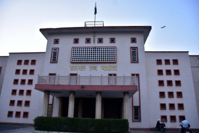 HC dismisses Raj plea for postponing municipal polls in 3 cities