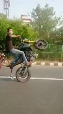 High on adrenaline: Bikers caught performing daring stunts on Delhi roads