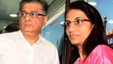 Photo of ICICI Bank Ex-CEO Chanda Kochhar's husband arrested by ED
