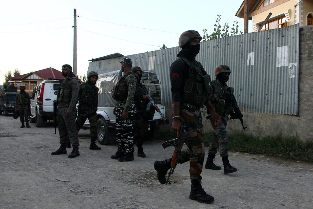 Security forces and militants clash in Budgam, J&K