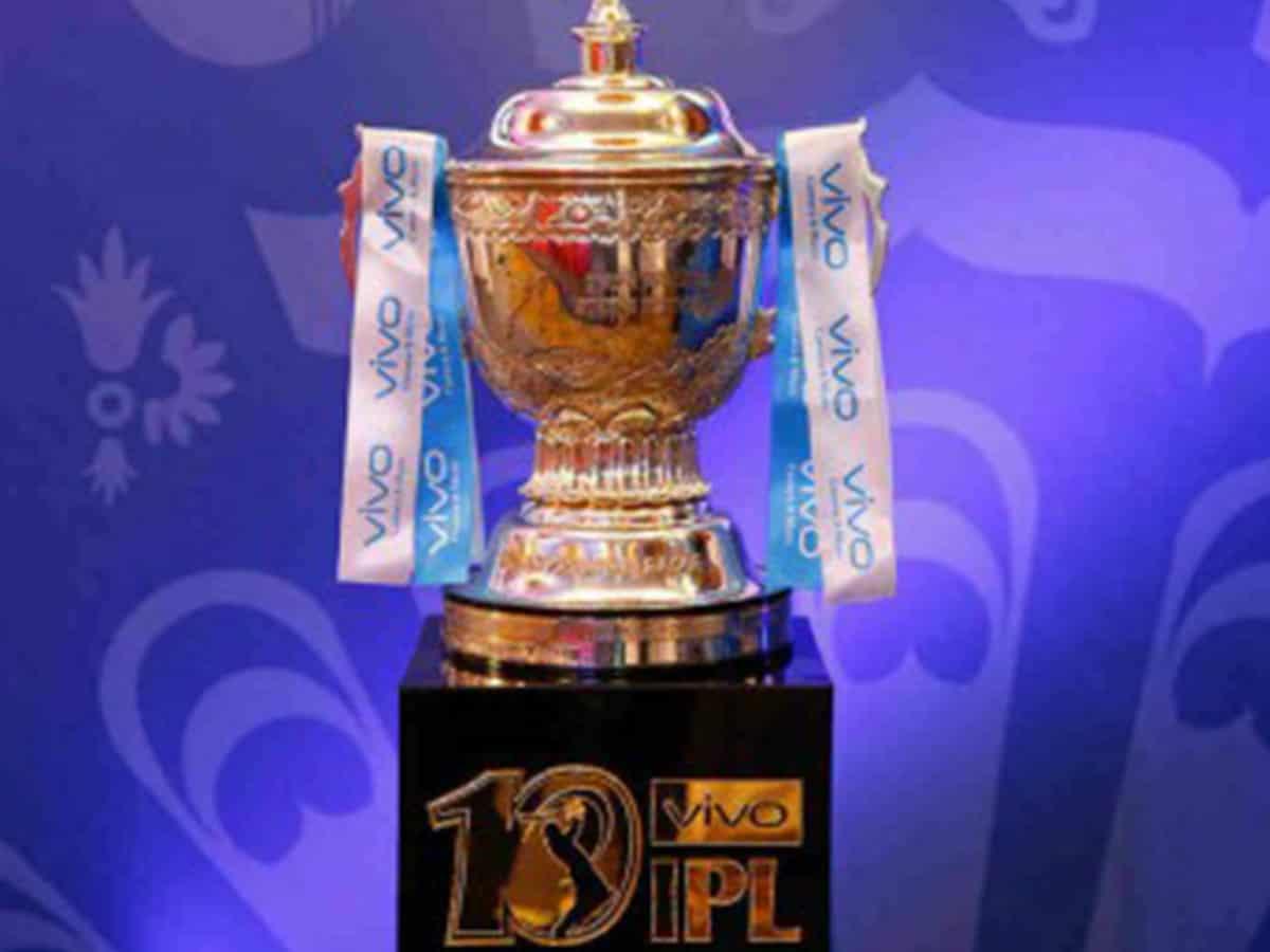 Kolkata: 9 held for betting on IPL match