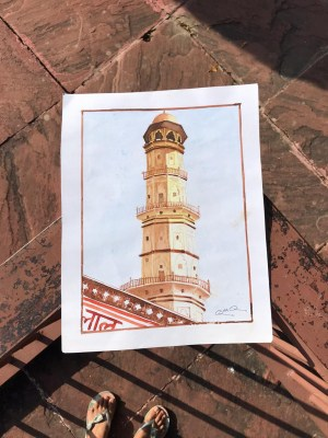 Jobless Jaipur teacher compelled to sell paintings on the street