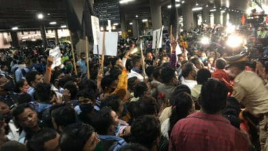 RPI supports Kangana Ranaut, hold protest outside Mumbai airport