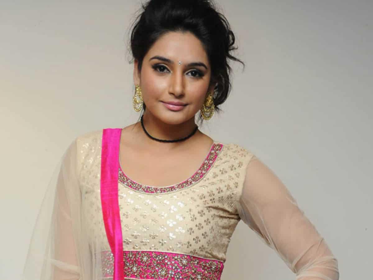 Karnataka: Actress Ragini gets CCB notice in drug case
