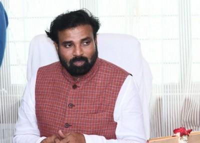 K'tka Health Minister says he sought blessings from Durga