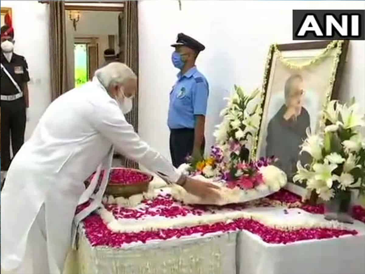 Vice President Naidu, PM Modi pay floral tributes to Pranab Mukherjee at his residence