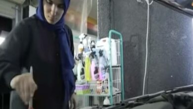 Photo of Video: Zahra Hamadeh becomes the first Saudi woman-car polisher