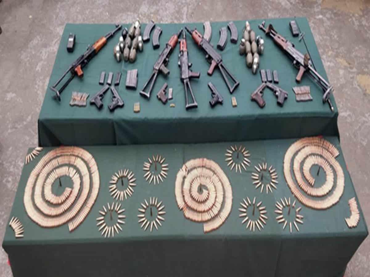 Army busts 2 hideouts along LoC, seizes 5 AK rifles, 21 grenades