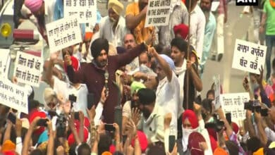 Photo of Navjot Singh Sindhu joins farmer protest in Amritsar