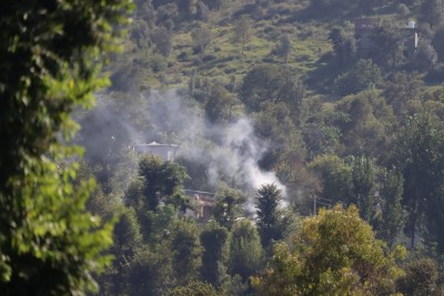 Pak violates ceasefire on LoC for 7th straight day