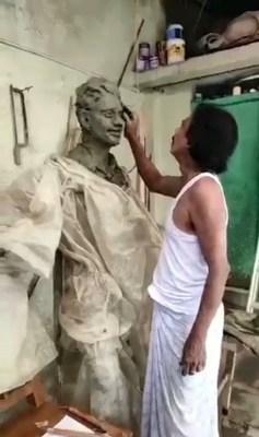 Sushant's sister praises SSR's wax statue's sculptor