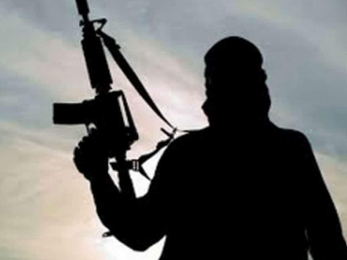 Terrorists attack CRPF battalion in J-K's Nowgam