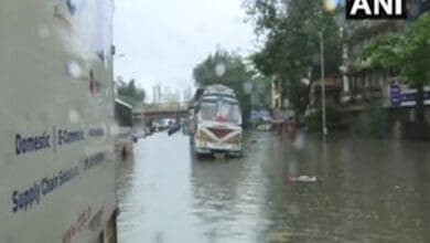Photo of Rains lash Mumbai, traffic disrupted, trains cancelled