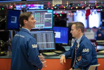 US stocks rise with Fed meeting in focus