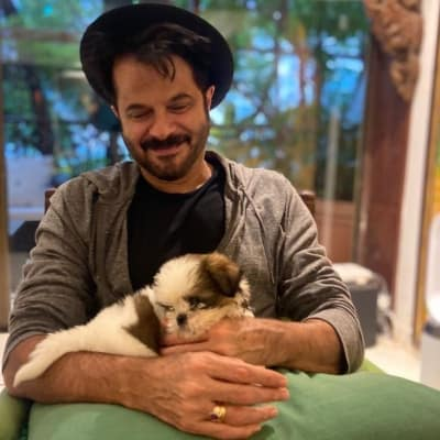 When Rhea Kapoor cried after seeing her pet's ill-health