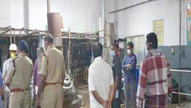 Photo of Oxygen cylinder blast at Gadwal creates panic among patients