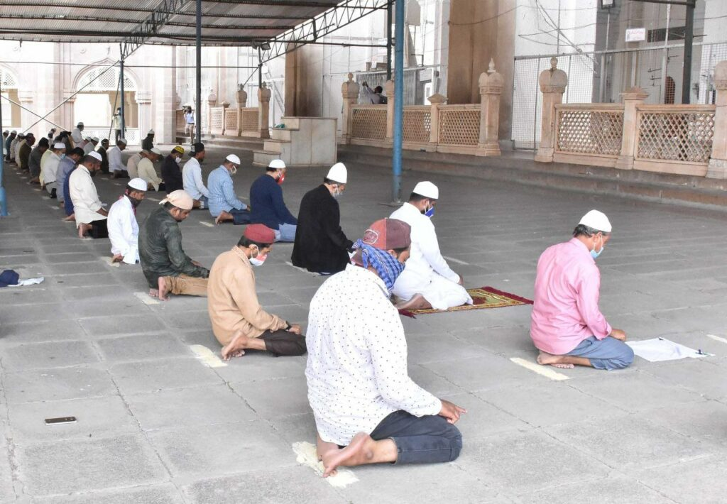 Prayers resume at historic Makkah Masjid in Hyderabad after over 160 days