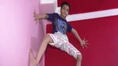 Photo of 7-year-old Kanpur boy climbs walls like Spider-Man