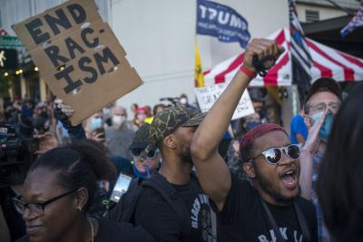 1 killed during shooting at rival rallies in US