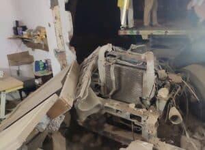 Photo of 2 die as truck rams into factory in Delhi