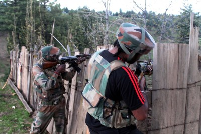 2 terrorists killed in Shopian encounter: JK Police (Ld)