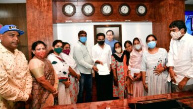 Photo of GHMC Mayor and corporators donate one month salary to CMRF