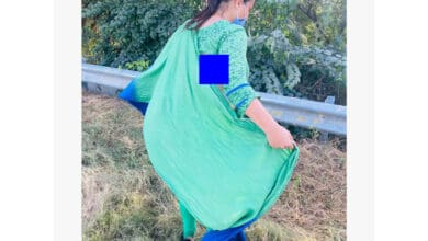 Photo of UP police ripped off clothes during Hathras protest: Amrita