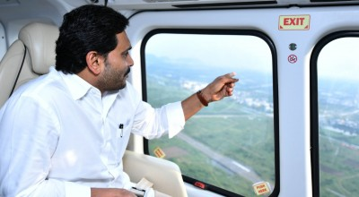 Andhra CM carries out aerial survey of flood-hit districts